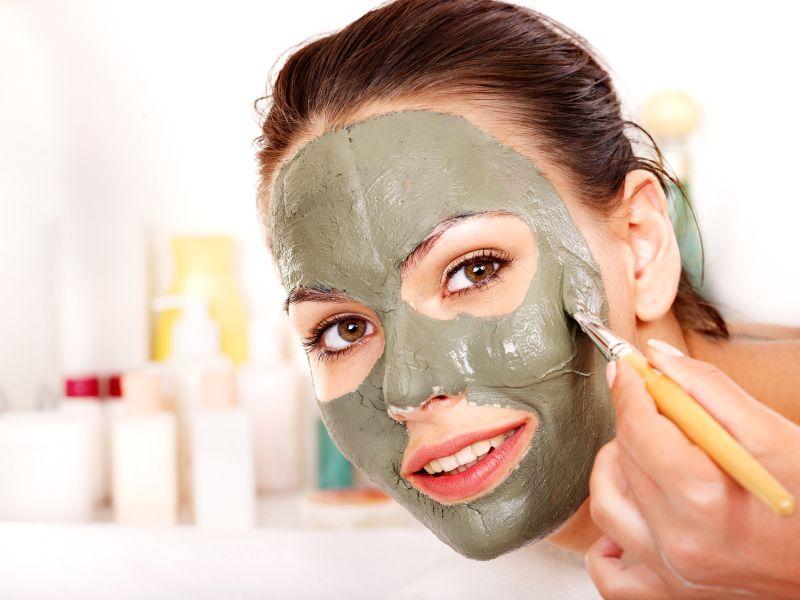 Maske gegen Hautbeschwerden