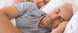 Schlafapnoe: Nächtliche Atemaussetzer sind gefährlich