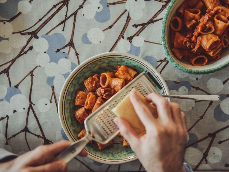 Platz 30 – Lebensmittel mit Vitamin A: Parmesan