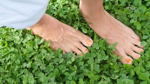 Water in your legs: 16 tips to prevent swollen feet