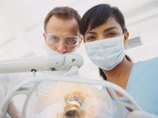 Essstörungen- oft auch ein Fall für den Zahnarzt-skd242504sdc.jpg
