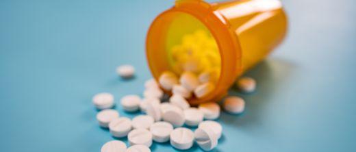 Helfen-Pillen-beim-Abnehmen-86539412.jpg