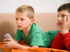 Zu viel Fernsehen hat Folgen für Kinder-86533392.jpg