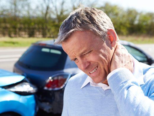 Schleudertrauma – Gefahr für die Wirbelsäule