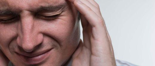 Männer haben öfter Kopfschmerzen als Sie zugeben