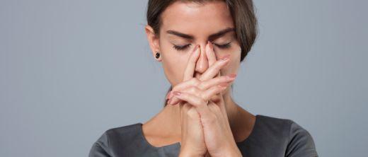 nervöse frau innere unruhe