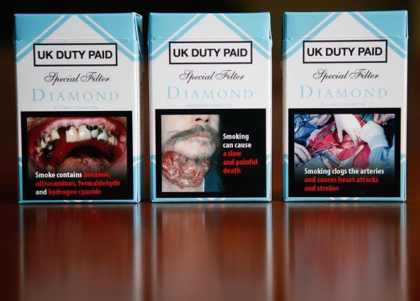 schockbilder auf zigaretten schrecken bilder vom rauchen ab. Black Bedroom Furniture Sets. Home Design Ideas