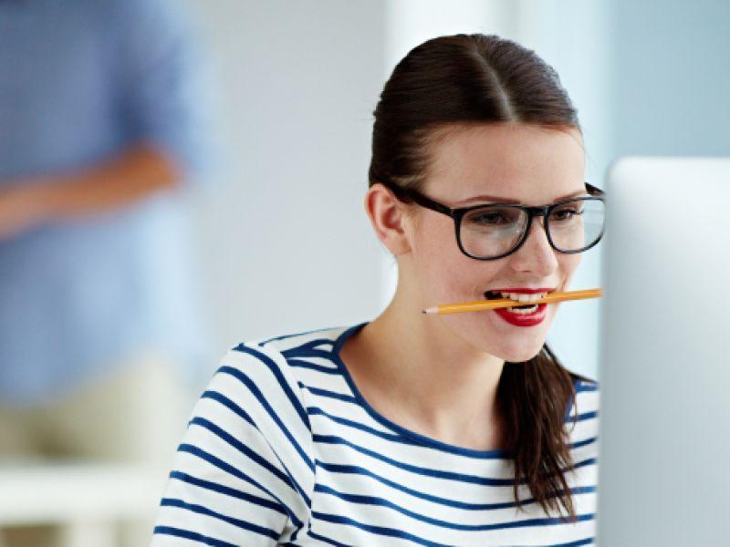 Bleistift gegen Kopfschmerzen
