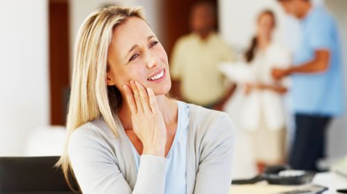 Vier einfache Hausmittel gegen Zahnschmerzen